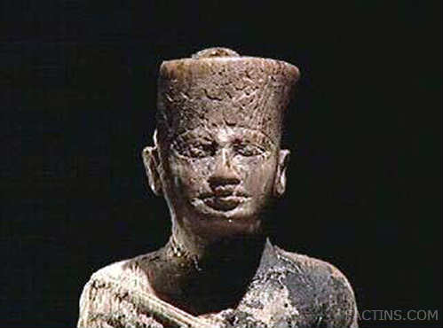 Khufu - The builder of the Great Pyramid