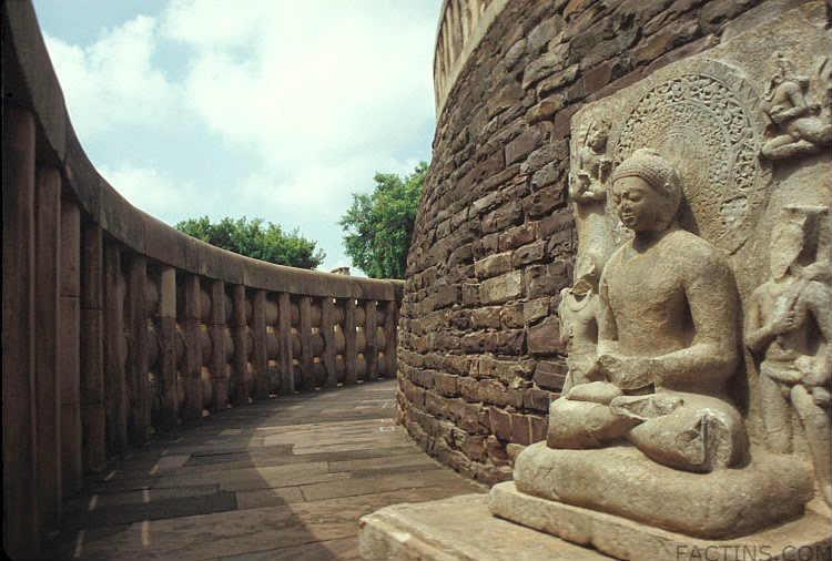Inside Sanchi Stupha - great stupa at sanchi
