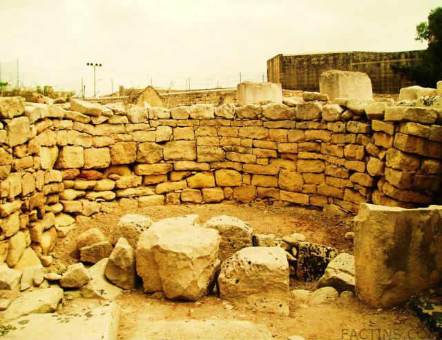 Tarxion Temple - Interesting Wall