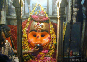 Kala Goura Bhairav - Drinking Alhocol