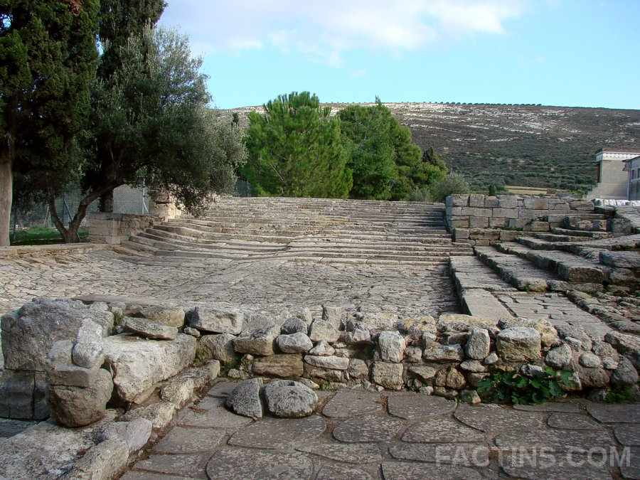 Theatre - The Great Palace of Knossos