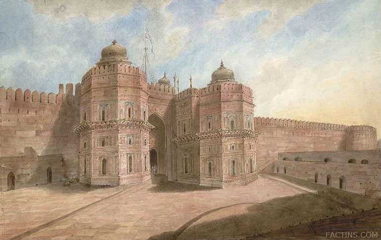 Agra Fort - Delhi Gate