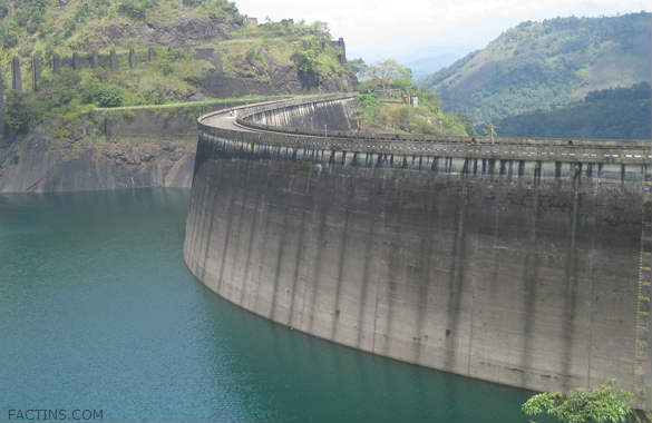 idukki Arch dam from top view