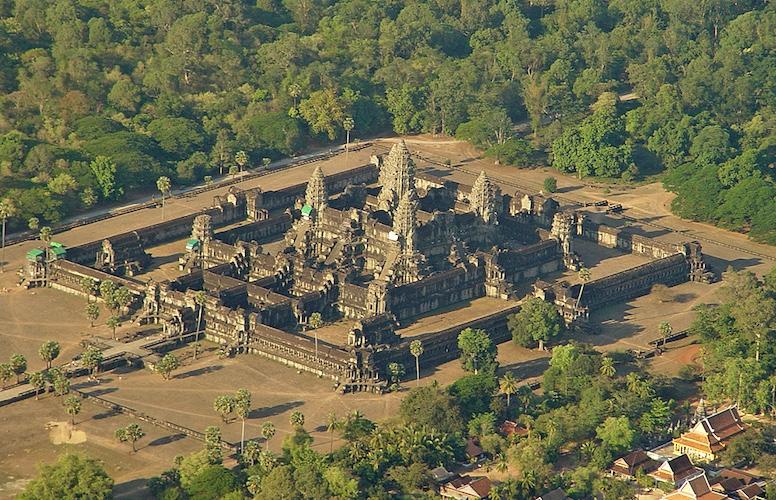 Angkor Wat (Cambodia Temple)