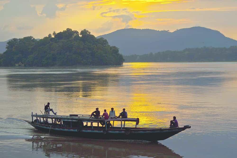 Brahmaputra River Facts - Factins -Biggest River in India