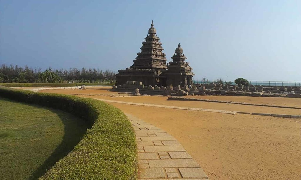 Mahabalipuram Beach - Tourist Places in Tamilnadu - Factins
