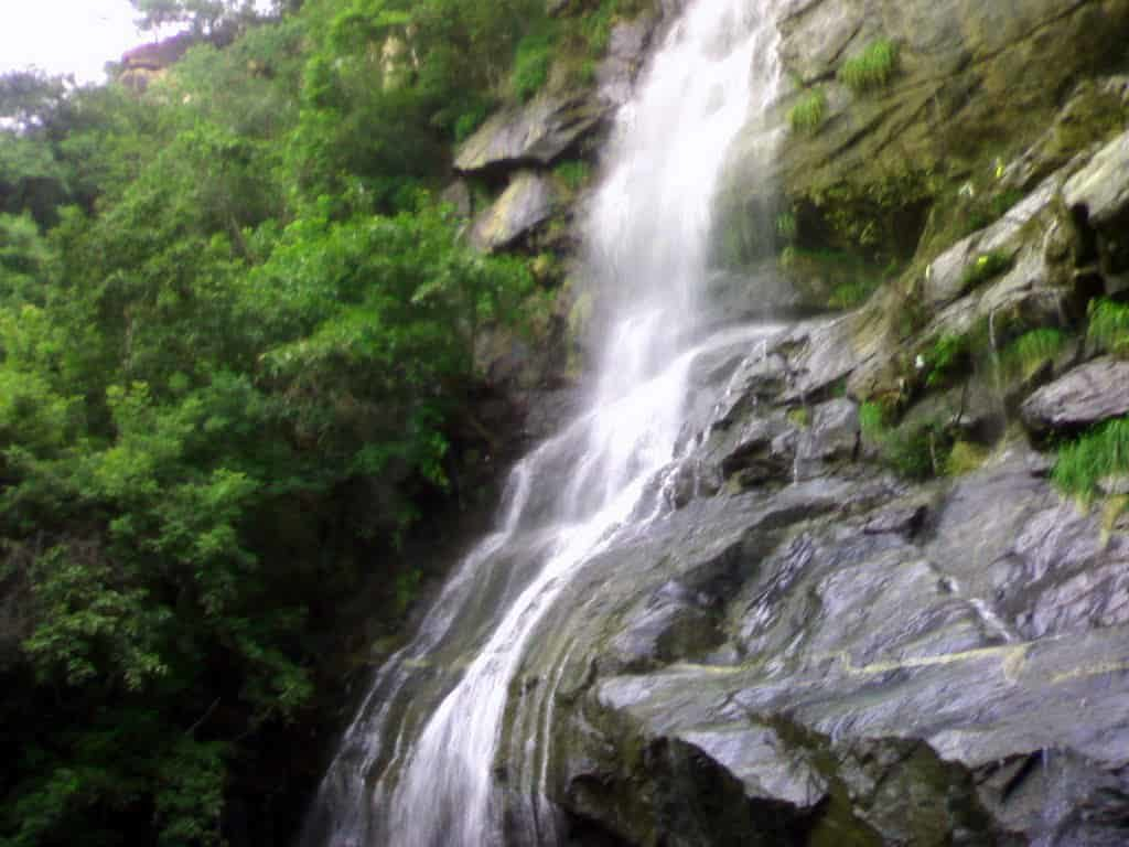 Puliyancholai Falls - Best Tourist Places in tamilnadu - Factins