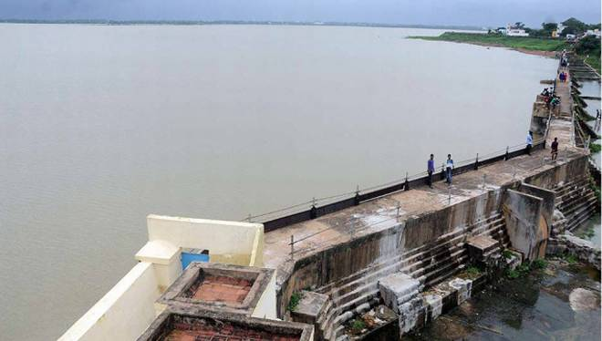 Puzhal Reservoir - Dams in India - Factins